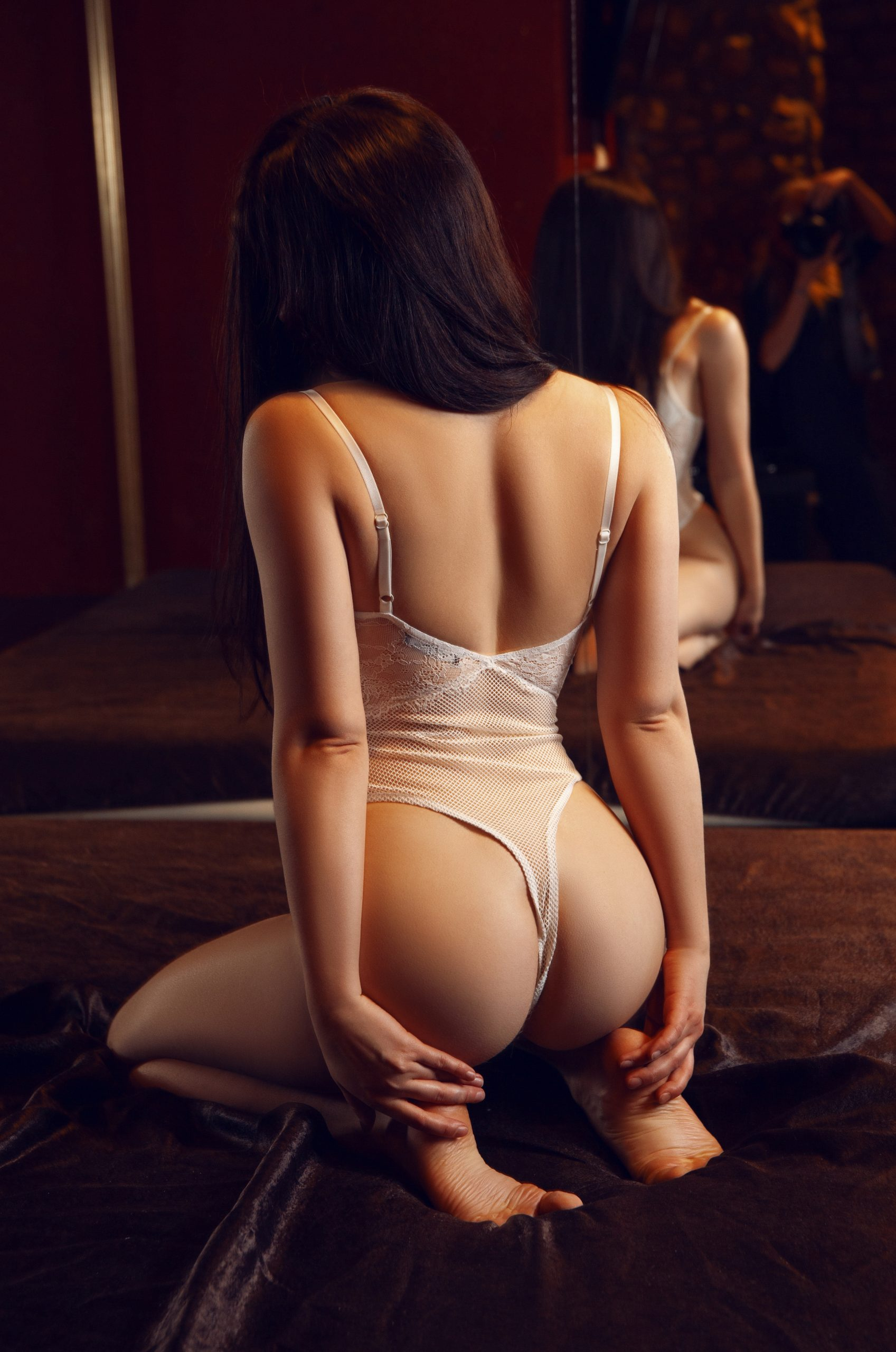 Chloe erotic massage Prague