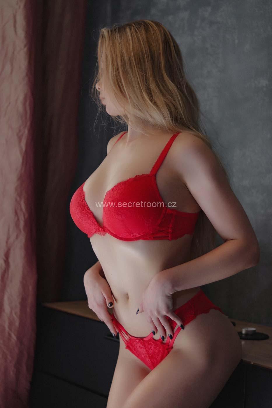 Lilu erotic massage in Prague